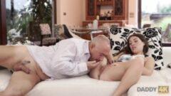 otelde bangbros konulu julie cash video porno